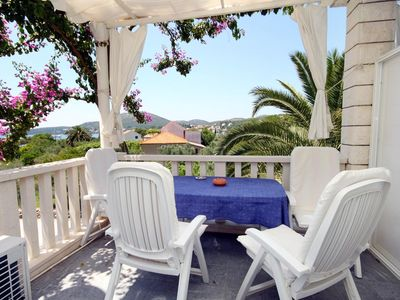 Photo for One bedroom apartment with terrace and sea view Slano (Dubrovnik)