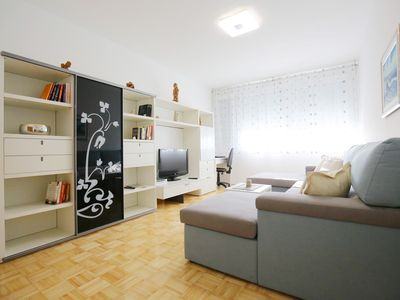 Photo for Modern&comfort/10min walking to the Old Town+free parking