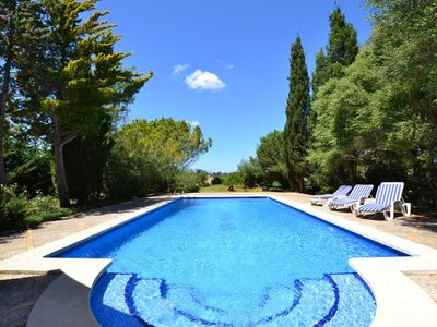 Photo for Large Finca for 11 people with pool in idyllic surroundings, in Sineu, Mallorc