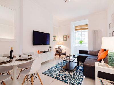 Photo for Hazlitt Road apartment in Hammersmith with .