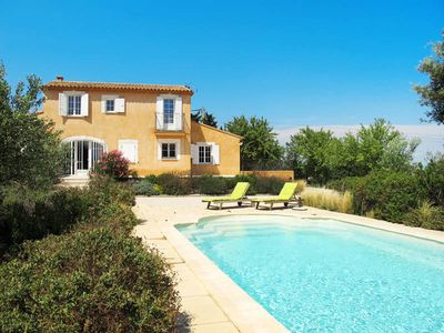 Photo for Vacation home La Garrigue  in Pujaut, Nimes and surroundings - 6 persons, 3 bedrooms