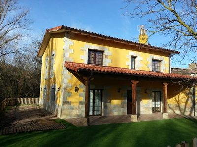 Photo for 5BR Cottage Vacation Rental in Urraul Alto, Navarra