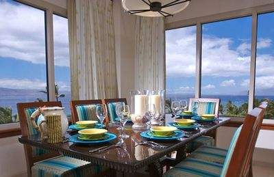 Dine in splendor, surrounded by the ocean and views of neighboring islands.