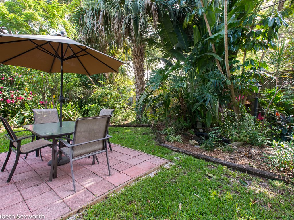 adorable bungalow in gulfport u0027s marina homeaway bayview