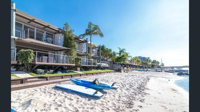 Photo for Driftwood - Villa on the Sound Noosa