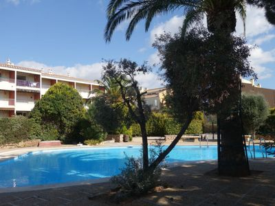 Photo for One bedroom Apartment, sleeps 6 in Bandol AOC with Pool and WiFi