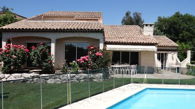 Photo for Beautiful villa with pool in quiet and residential area in La Gau