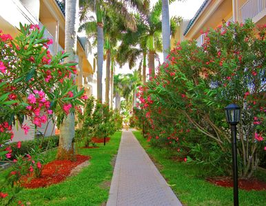 Photo for Siesta Key Serenity At The Palm Bay Club - Located In The Heart Of Siesta Key!!!