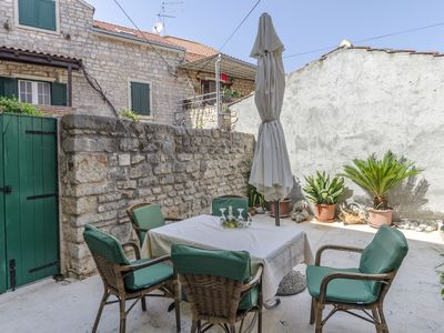 Photo for Apartments and Room Lucijo (31011-A1) - Vrboska - island Hvar