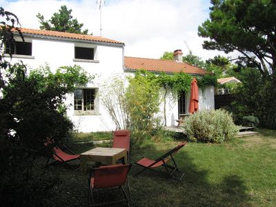 Photo for Traditional Vendéen house for 6 pers. near beaches and countryside views.