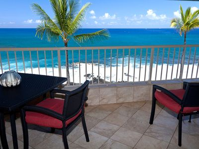 Photo for Super Deluxe Kona Reef Oceanfront. Top Floor. AC throughout. See Video tour.