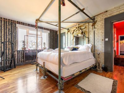 Photo for Stunning Rooftop Chelsea 2BR Flat - Two Bedroom Apartment, Sleeps 4