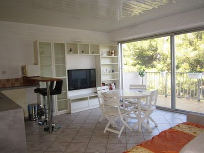 Photo for T2 for 4 people with terrace - Hyères port
