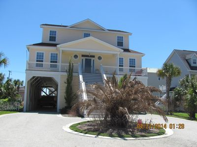 Photo for Ocean Views from Expansive, Family home.  Fireplace, ELEVATOR, 6 br, 5 baths!