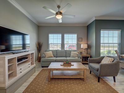 Photo for Beautiful Brand-New 2/2 Condo with a Pathway to the Beach