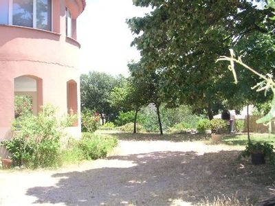 Photo for 10 min from Ajaccio, 6-person apartment with private garden