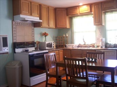Complete kitchen with all amenities