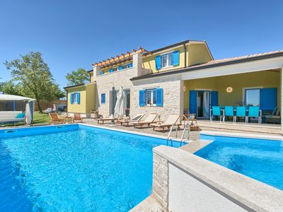 Photo for Holiday house Zminj for 10 - 12 persons with 5 bedrooms - Villa