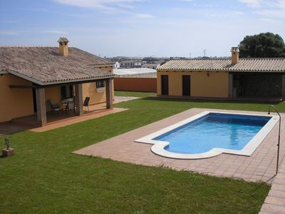 Photo for Beautiful countryside villa with private pool, garden and barbecue area.