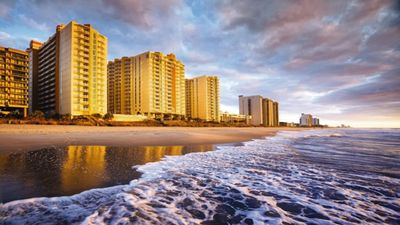 Photo for Relax on the oceanfront with Towers on the Grove!