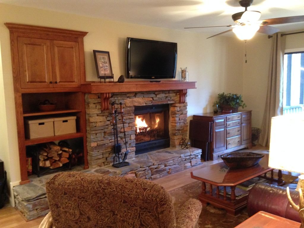 no stairs and near all big canoe amenities vrbo