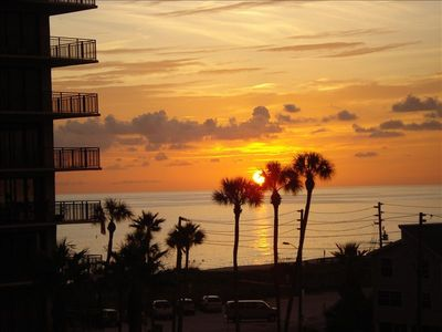 One of the  Beautiful Sunsets from the Balcony!! Mansions is Beach Front!