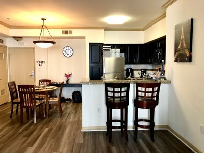 Photo for VIP Long Beach King Bed 2Br/2Ba Fast WiFi