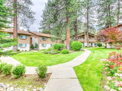 Photo for NEW LISTING! Bright, ground-floor condo w/ patio, close to hiking/downtown!