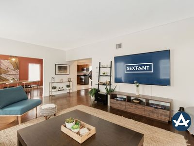 Sextant | Bayview Place | Private Pool + Hot Tub | 10 minutes to South Beach
