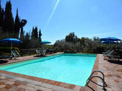 Photo for Family Villa and Private Pool for 8 within walking distance of Radicondoli