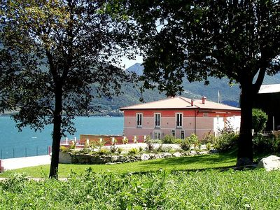 Photo for Villa Guerina: An elegant and welcoming two-story villa located right on the Como Lake, with Free WI-FI.
