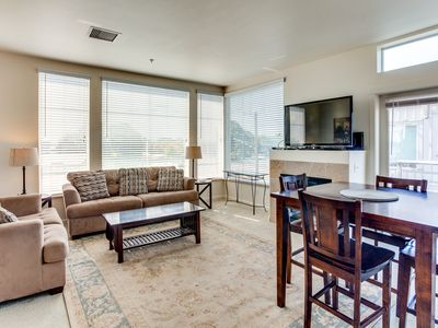 Photo for Manifest Apartment Stays  |  Spacious 2BD/2BA apartment w/ fireplace, balcony