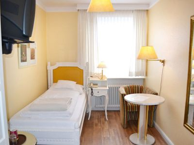 Photo for Single Room Standard 14 sqm - Pension Am Kurpark
