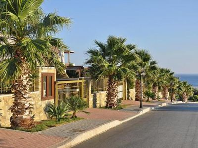 Photo for Terraced house, Analipsis  in Kreta - 7 persons, 4 bedrooms