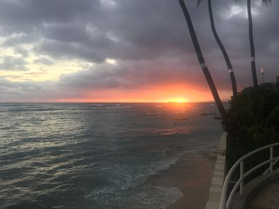 Photo for Diamond Head Condo on the Famous Gold Coast, Amazing Sunsets!, Surfing, Running