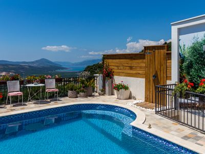 Luxury Villa Nikoleta with Private Pool and Boka Bay View for 12 People