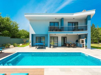 Photo for Vacation home Blue Pearl in Poreč - 8 persons, 4 bedrooms