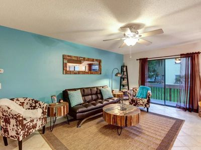 Photo for Gorgeous Condo -  Short Walk to Beach!