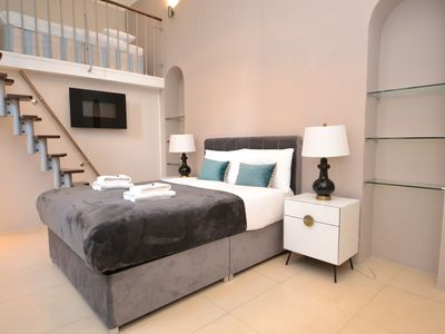 Photo for Luxury Apartment, Hyde Park