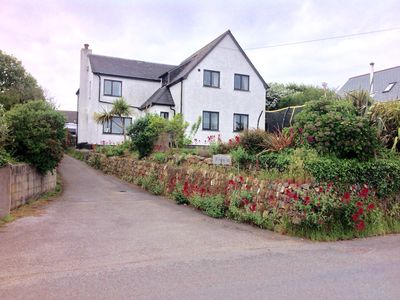 Photo for Spacious 5 bedroom family home with sea views