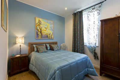 On this room you have a double bed to allow you to have great nights of sleep!