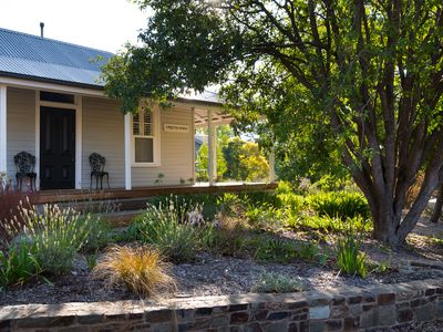 Photo for Greenlands - Gorgeous Renovated Cottage