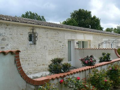 Photo for Gite with swimming pool 15 minutes from the ocean