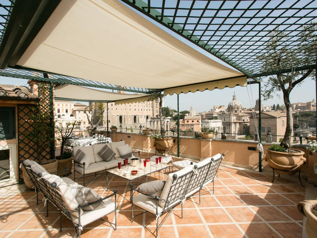 Spectacular Forum Terrace Luxury Apartment With On The Roman