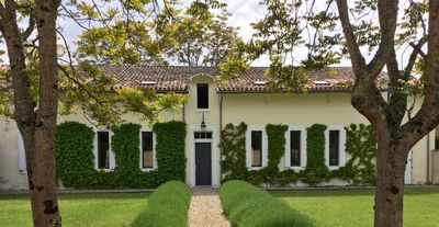 Photo for Near Saint Emilion, Fantastic terrace. Private pool, Big Family house.