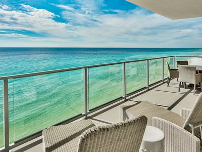 Photo for Brand New, Luxury Gulf Front Condo in Destin! Rooftop Pool! Gulf Views!