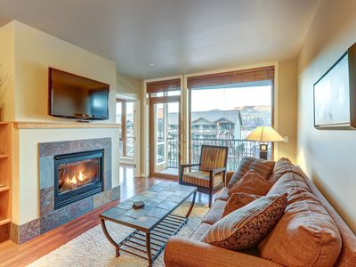 Photo for Lake view condo w/ shared indoor pool/hot tub and 2 secured parking spots
