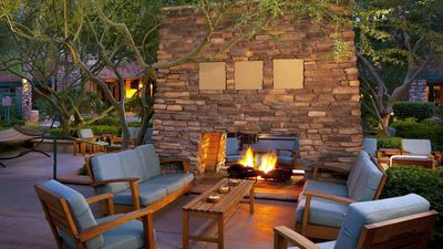 Photo for SPRING TRAINING@ WESTIN KIERLAND VILLAS AVAIL March 13 - March 20, 2021