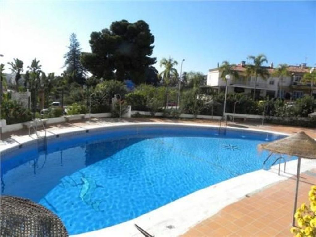 Super Apartment With Swimming Pool And Homeaway Almu Car