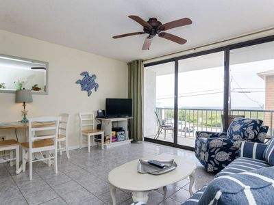 Photo for Paradise Towers Condo - Elevator Access and Pet Friendly!